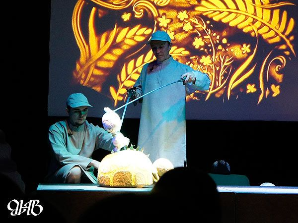 Песочное шоу на спектакле театра «ФиМ»