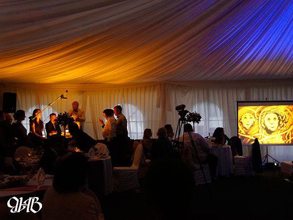 Песочное шоу на свадьбе в загородном отеле «Гринвальд».