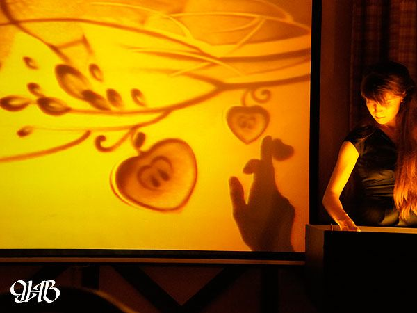 Песочное шоу на День святого Валентина в Екатеринбурге.